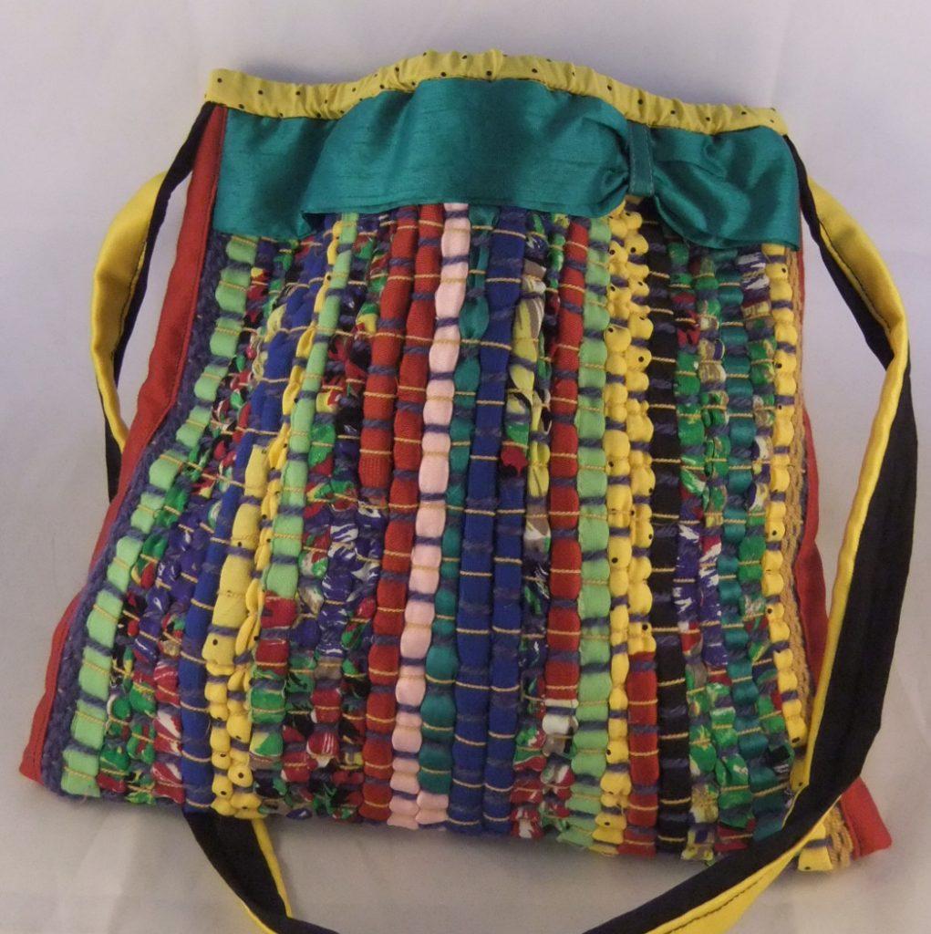 sac tissage de lirettes en tissus colorés