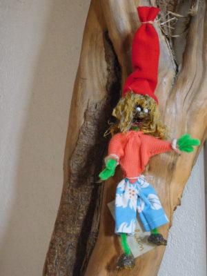 Vertacolutin au bonnet rouge venu du Vercors. De taille moyenne il est décoratif